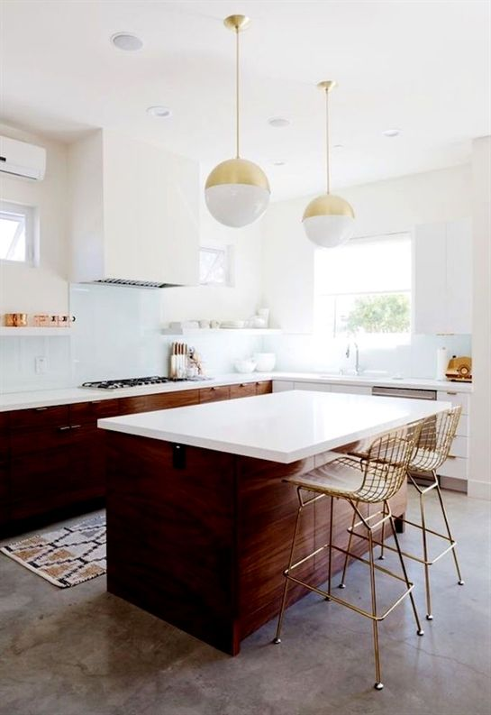 Beautiful White And Walnut Kitchen With Brass Accents Mid Century Modern Inspired Kitchen Kitchen Design Decor Home Decor Kitchen Kitchen Inspiration Design