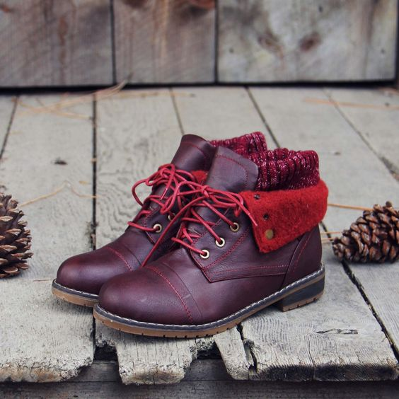 The Nor'wester Boots in Burgundy: Alternate View #1