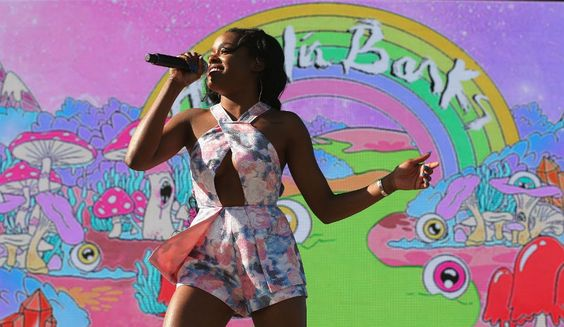 Azealia Banks Goes On Anti-Gay Tirade On Social Media, Calls LGBTQ Community 'The Gay KKK'