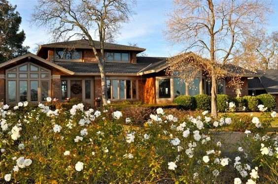 A beautiful custom home in Loomis, CA - http://www.placercountyhomesandland.com/loomis-homes-for-sale.php