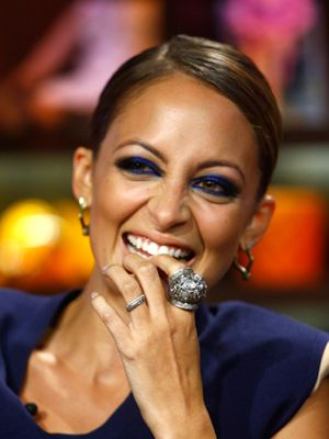 Fall Makeup Trends for 2012: cobalt blue eyeliner #NicoleRichie