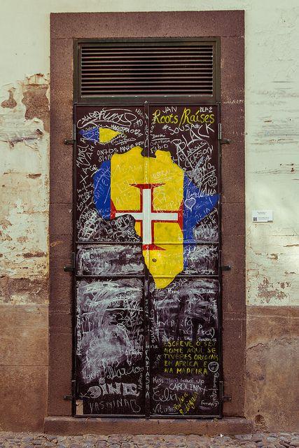 Porta...#peloMundoafora ☆ * Rua de Santa Maria, Funchal, Madeira