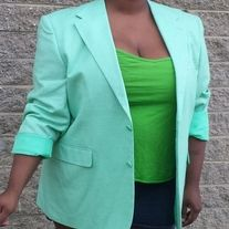 Who doesn't wear men's clothing every once in a while? Especially when it's this cool pretty mint color?!! Take a look at this crisp mint blazer.