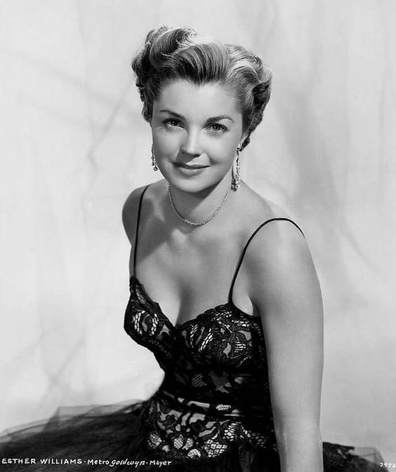 Esther Williams #hollywood #classic #actresses #movies cinema-classico-atrizes
