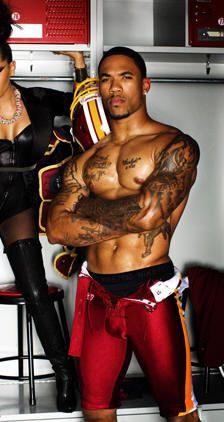 Julian Edelman Shirtless | The 10 Sexiest Players of Super Bowl XLVI