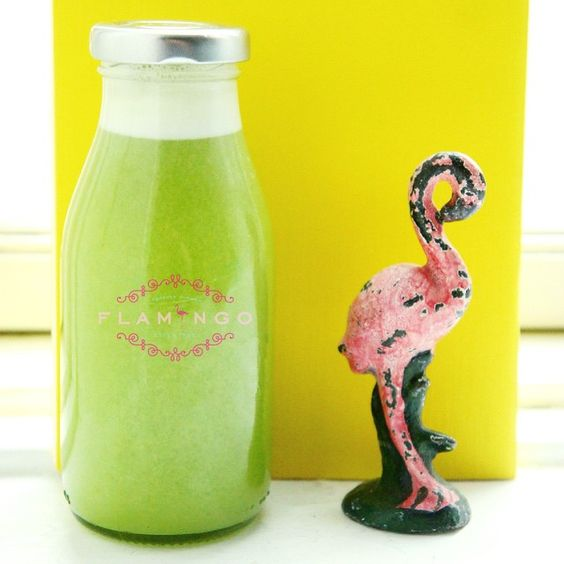Juicy time!  We named this green monster The grass is always... #apples #ginger #broccoli #parsley #wheatgrass #cucumber #thejuicyflamingo  #greenjuice #juice #squeeze #fresh #flamingolifestyle #flamingo #gypset #green #healthy #yoga @linlinswe thanks for the bottle