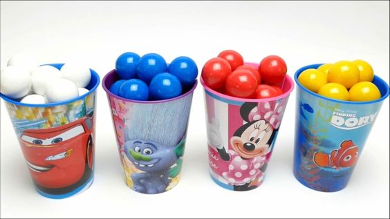 Nursery Songs - Learn Colors With Dubble Bubble Gum Cups