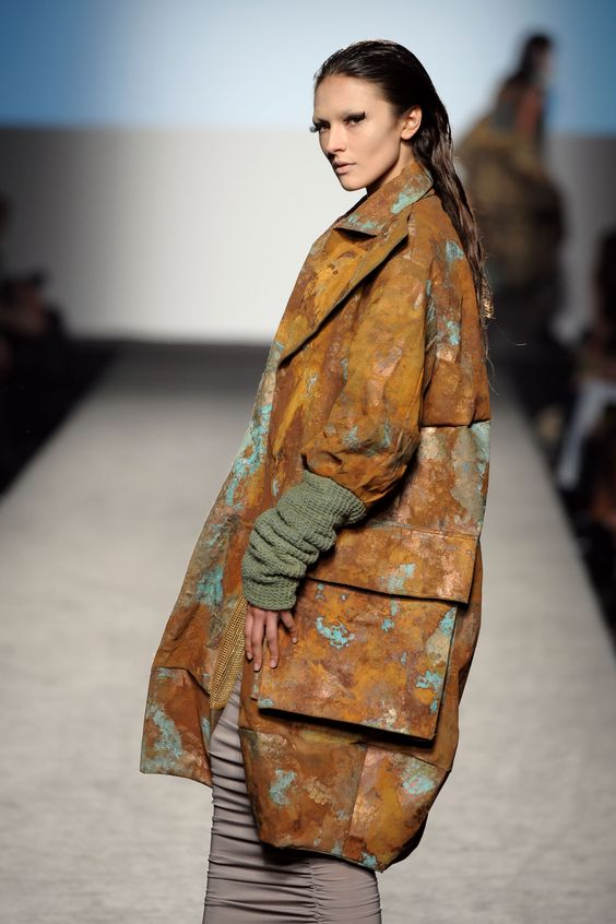 Rust 2 rust and created by on pinterest for Accademia fashion design milano