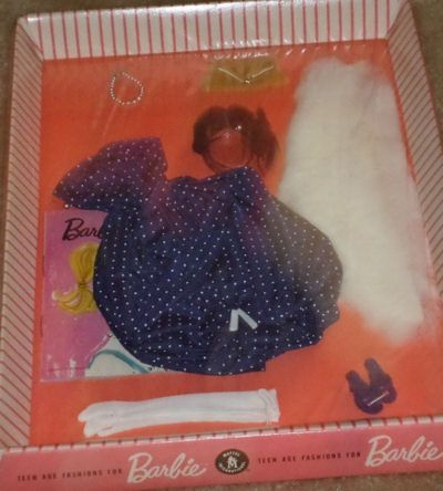 Barbie s gay parisienne 964 1959 is considered one of for What is considered antique