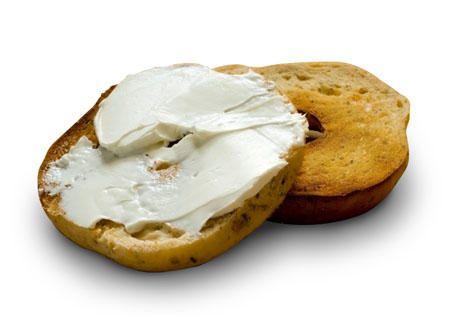 Résultats de recherche d'images pour «bagel et fromage a la creme»