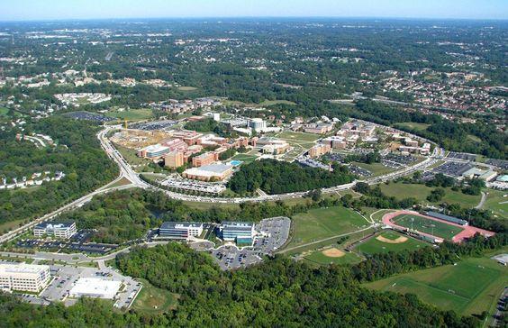 Учеба в университете США - The University of Maryland, Baltimore County UMBC #университет #США #образование #UMBC #BellGroup  UMBC это исследовательский университет, который состоит из 12 институтов, 9 из которых входят в список лучших в США.  Факты об UMBC - Количество студентов 13.839 - 55 бакалаврских программ - 41 магистерских программ обучения - 24 программы обучения на докторантуре