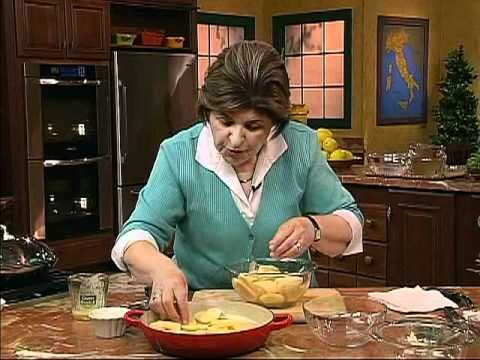▶ Ciao Italia show # 2101 Potato Casserole.  Yukon Gold or Redskin, wanna try this cause there's no artificial ingredients, looks easier than my mom's scalloped recipe.