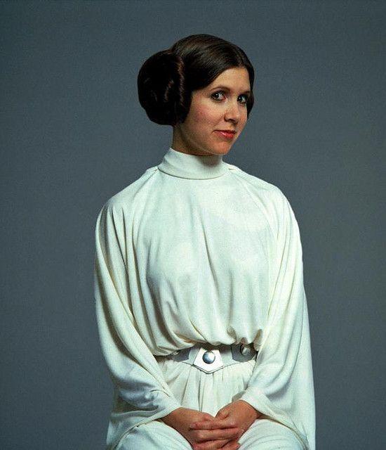 Leia                                                                                                                                                           Leia                                                                                       ..
