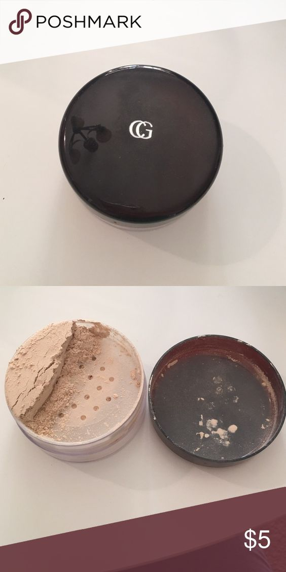 Cover girl Flawless Loose Powder Lightly colored powder in color 105 translucent/fair Makeup Face Powder