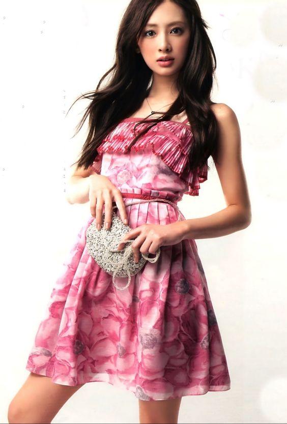 ピンクのドレスの北川景子