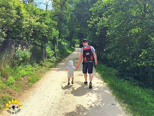Blautopf Und Wanderung Mit Kleinkind Tagesausflug Baden Wurttemberg Wanderung Ausflug