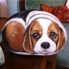 #köpek #dog #beagle #sevimli #stonepaint #dekoratifboysma #elyapımı #handmade #sanat #artlovers #animallovers #instaart #tasarım #instalike #likeforlike #gününkaresi #tagsforlike #taşboyama #pietra #izmir #art