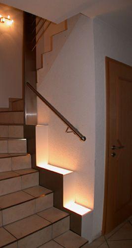 Wandbefestigtes Treppengeländer aus Edelstahl