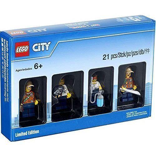Lego Bricktober Style City Minifigure Set 5004940 Limited Edition Lego City Toys R Us Lego Toys R Us