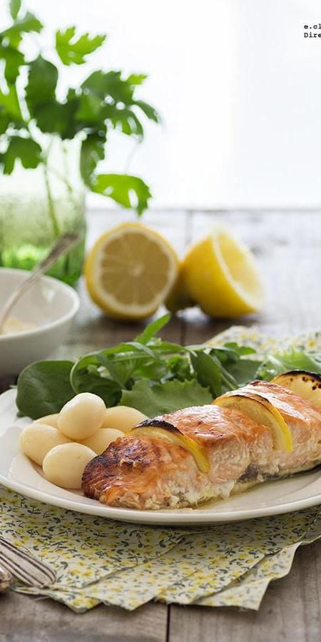 Salmón al horno caramelizado con sirope de arce y limón. Receta