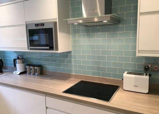 43 Best Kitchen Splashback Ideas That Make You Inspired Cool Kitchen Splashback Tiles Kitchen Splashback Kitchen Tiles