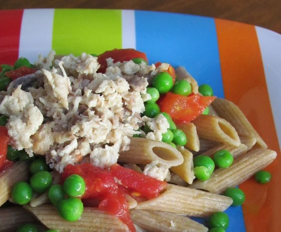 How to Make Homemade, Healthy Foods for Your Pets: Chicken Noodleroni for dogs resembles gourmet people food!