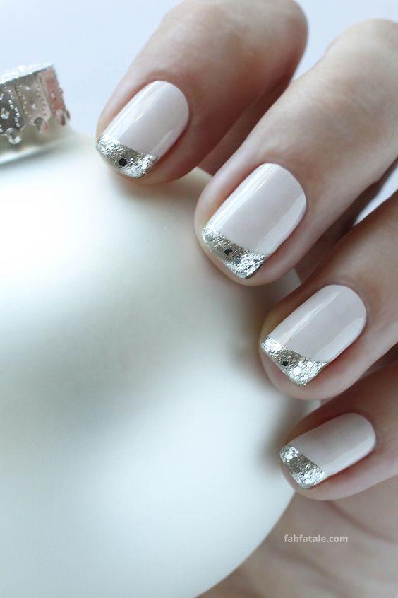 Manicure Mondays - Christmas Ornament Nail Art | Manikűr ...