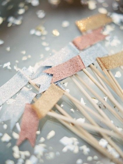 DIY festive glittery picks. Great for a cupcake topper!: Glitter Flags, Happy New Year, Glitter Tape, Year S, Washi Tape, Drink Flags, Party Ideas
