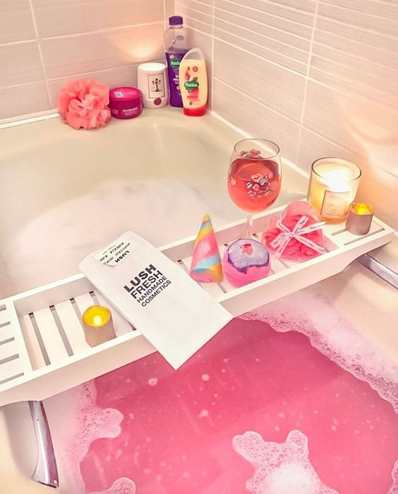 Pretty pink LUSH bubble bath | Wine, candles, bath bombs: