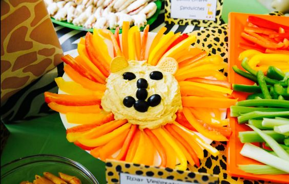 Zoo theme party food homous and vegetables lion design
