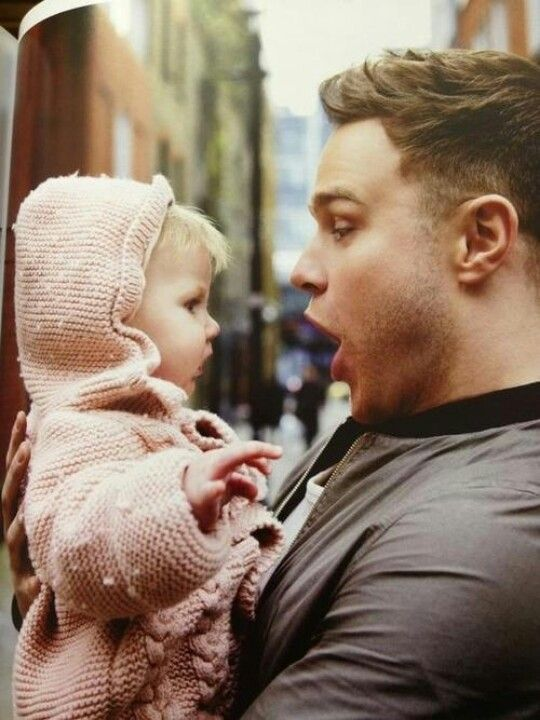 Olly Murs and Baby Lux!!! This is so adorable!!