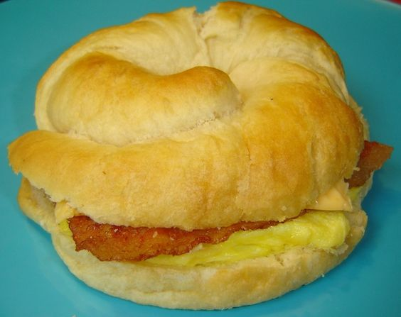 Burger King Breakfast Sandwiches Recipe.  Learn how to make the breakfast-in-sandwich from the worlds number two fast food chain.  See how at http://shrsl.com/?~508y