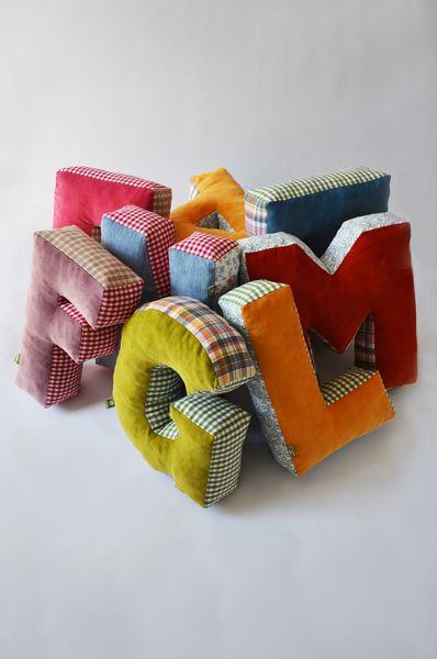 Kissen - Kuschel Buchstabe, Kuschel ABC, Buchstaben Kiss... - ein Designerstück von maii-berlin bei DaWanda