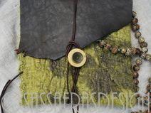 Handgemachtes Etui aus Leder und Seide, Täschchen