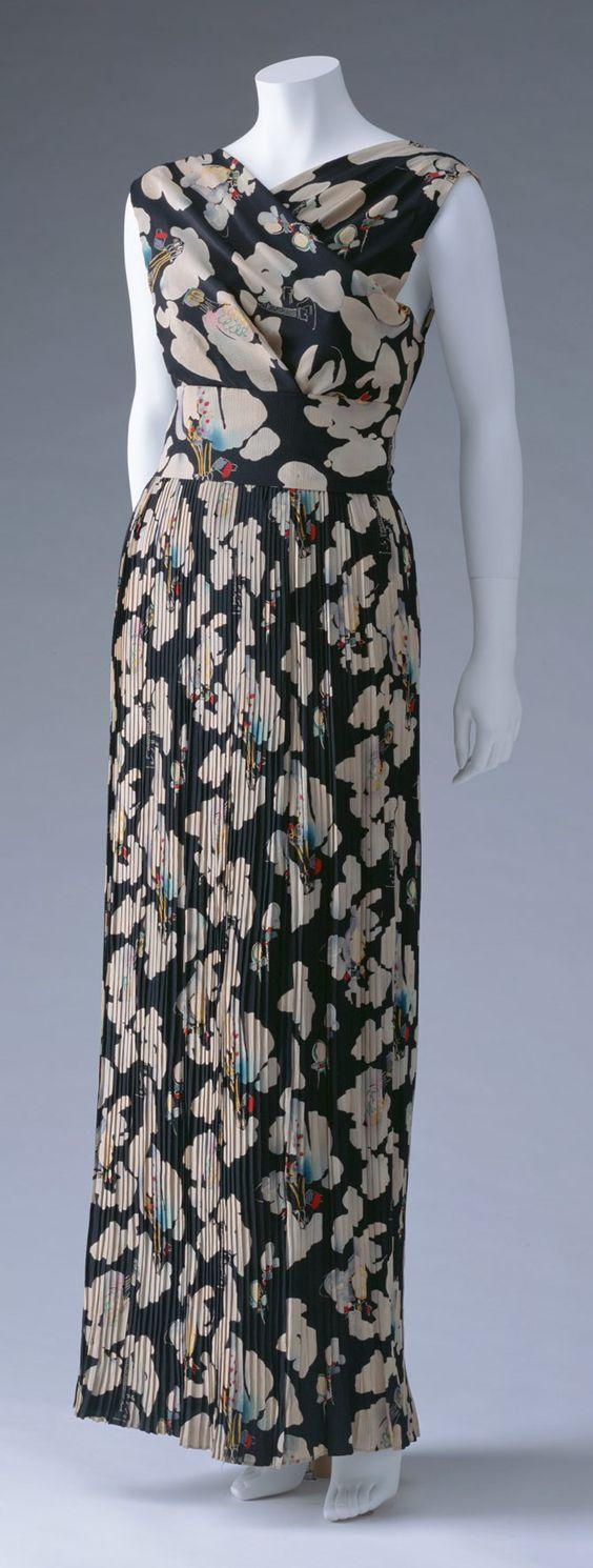 Evening Dress, Elsa Schiaparelli: ca. 1937, printed and pleated silk crepe, matching belt.