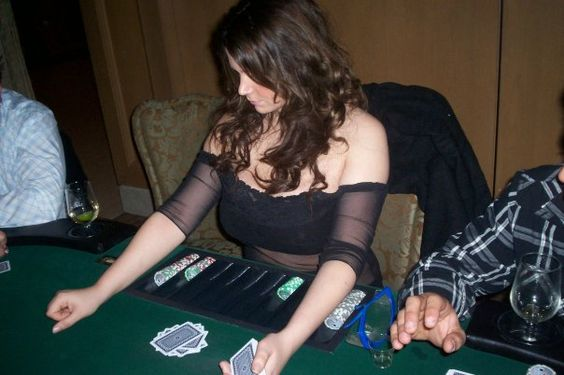 Poker pokerguide online-game casinoguide aston casino martin royale