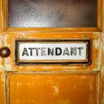 Banheiro e coffee shop – The Attendant