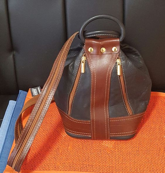 Da Handtasche / Rucksack / Umhängetasche / braun - schw