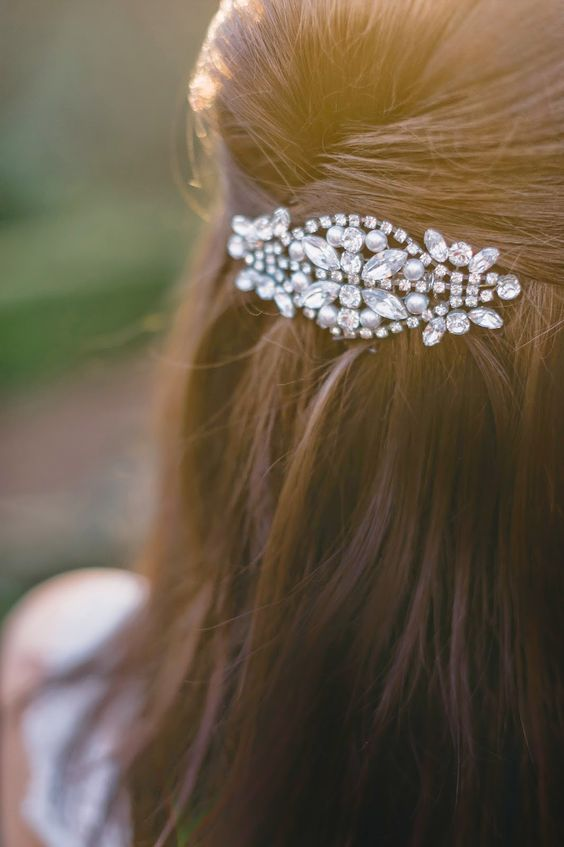 Kelly Elizabeth Designs hair comb - Real Bride: Kate and Stephen at the Primrose Cottage on Kelly Elizabeth Style