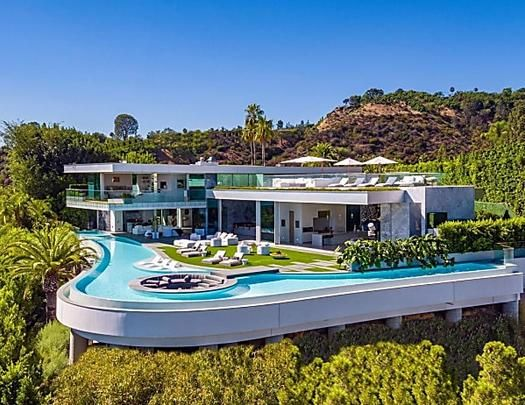 Discover The Most Expensive Homes In Los Angeles In 2020 Hollywood Hills Homes Mansions Expensive Houses