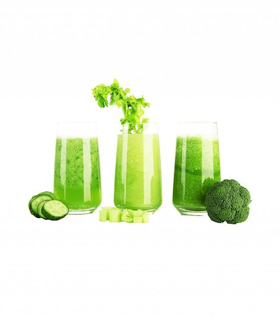 Diet Mistakes: Drinking a Green Juice That's High in Sugar