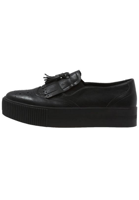 Klassische Elemente und trendige Schuhform ergeben eine stylische Kombination. Even&Odd Sneaker low - black für 34,95 € (19.02.16) versandkostenfrei bei Zalando bestellen.
