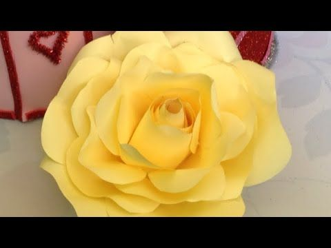 طريقه عمل ورده بالورق الملون بكل سهوله فن الأورجامى Youtube Rose Flowers Plants