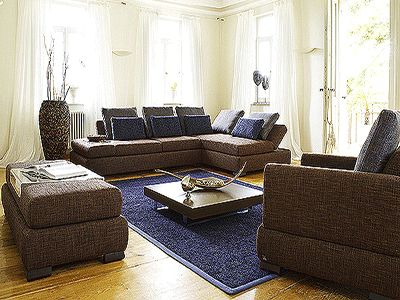 5 modern decorating color schemes fall and winter What color compliments brown furniture