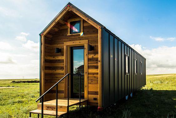 Tiny houses on wheels tiny house rvs tiny house models for Tumbleweed tiny house company