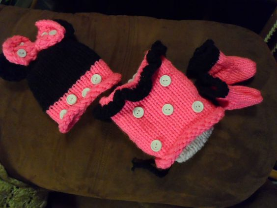Minnie Mouse loom knitted outfit. loom knitted and machine knitted Stuff I ...