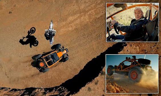 Matt Le Blanc takes a trip without his Top Gear friends!
