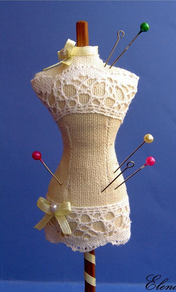 MINIATURE DRESS FORMS - dress form (image only)