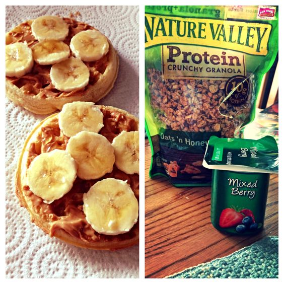 Waffles with peanut butter, banana and honey. And yogurt with granola ...