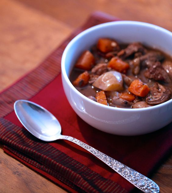 Slow Cooked Beef Stew with Red Wine
